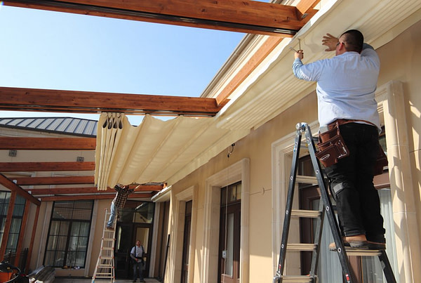 Avoid a Full-Scale Patio Renovation with Retractable Roof Structures
