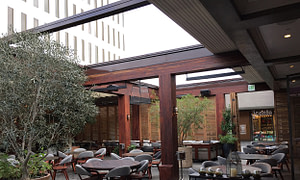 Baltaire Retractable Roof