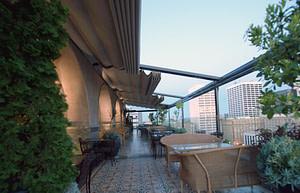 Perch Retractable Roof