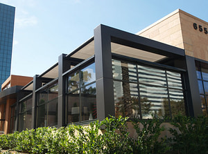 Commercial Retractable Awnings Benefits